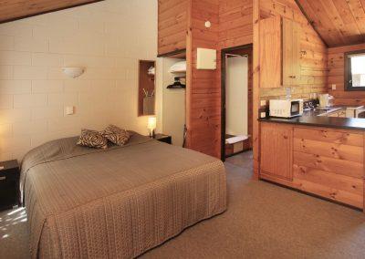 Orewa Motor Lodge Bed:Kitchen