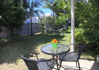 Orewa Motor Lodge Deck:Garden