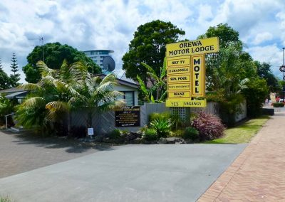 Orewa Motor Lodge Entrance3