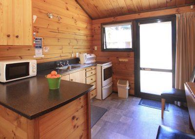 Orewa Motor Lodge Kitchen5