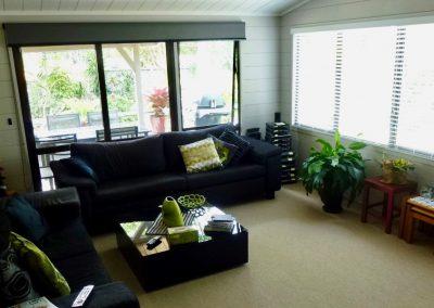 Orewa Motor Lodge Large Sitting room