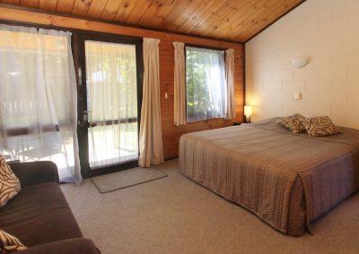 Orewa-Motor-Lodge-Bed